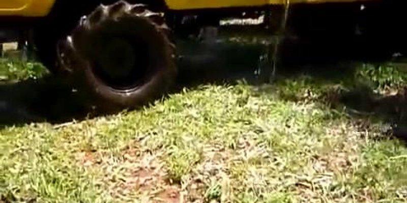 Atravessando o lago de caminhão, a carroceria encheu de água...