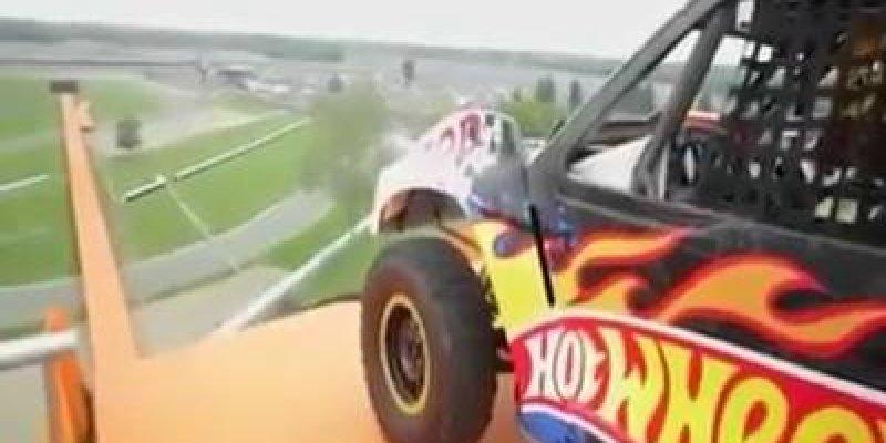 Hot Wheels da vida real, um video espetacular para quem curte adrenalina!