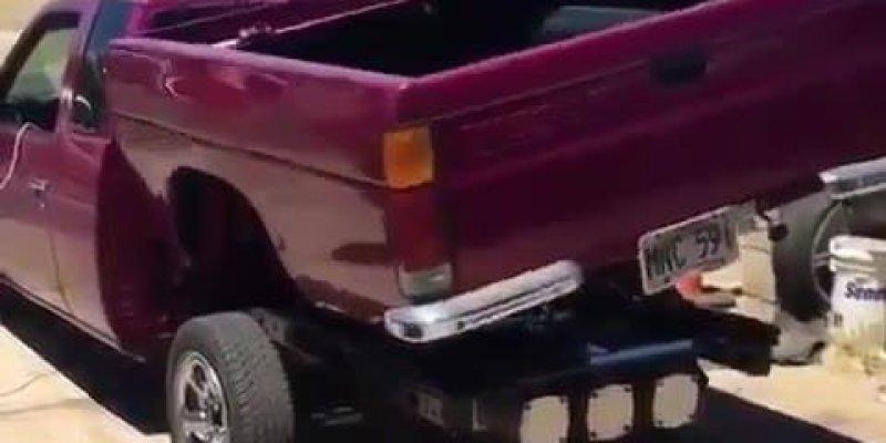 Será que esse carro saiu do filme Transformes? Confira e compartilhe!