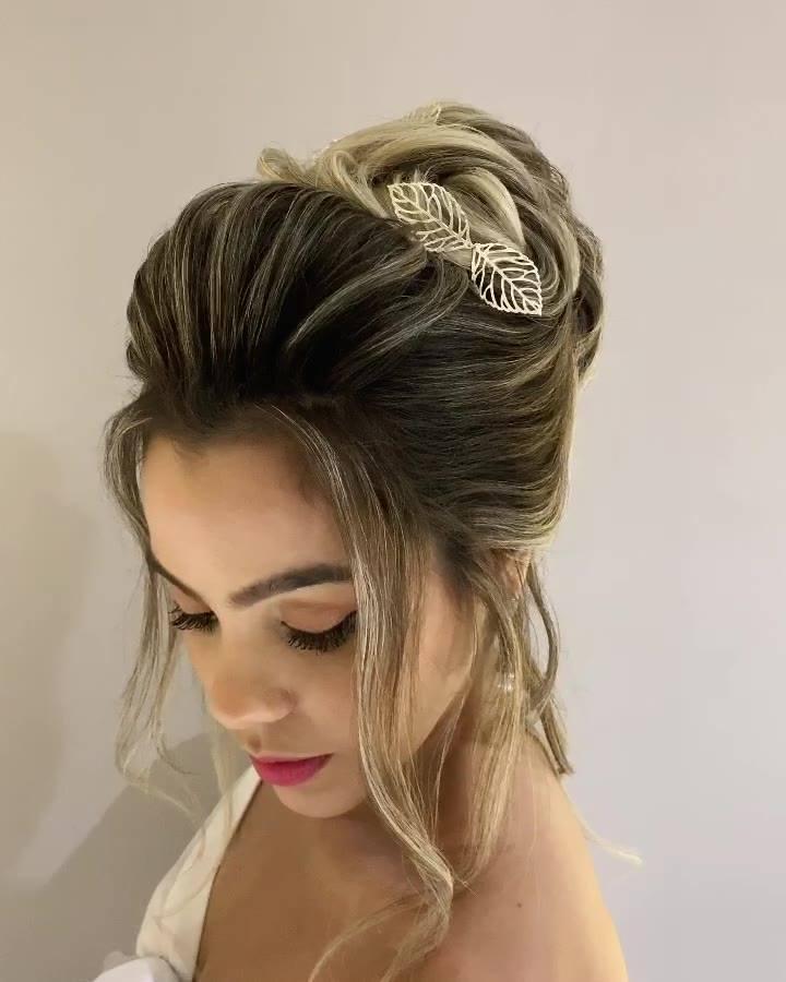 Penteado Para Noiva Que Esta Em Busca De Inspiração Veja