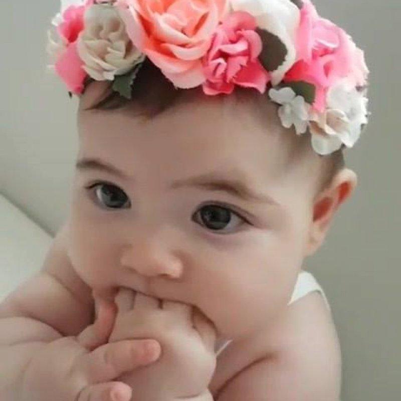 Excepcional Bebê menina linda e fofa, alguém conseguiu não sentir vontade de  CC61