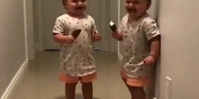 Crianças dando risadas e sendo felizes, tem coisa mais boa de se ver?