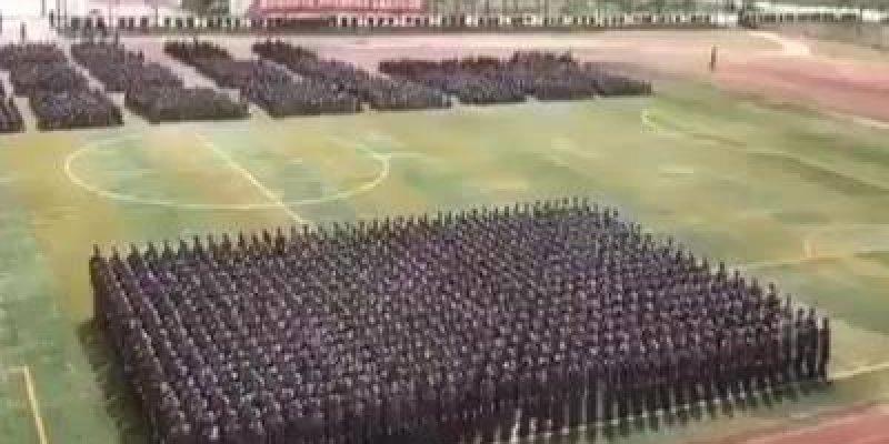 Maior escola de lutas da China com 36 mil estudantes, confira!!!