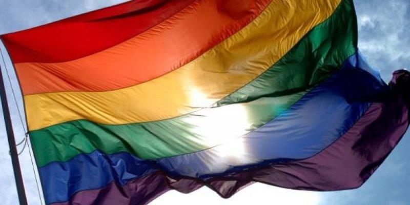 Mensagem para o Dia Internacional Contra a Homofobia, Mais Amor por favor!!!