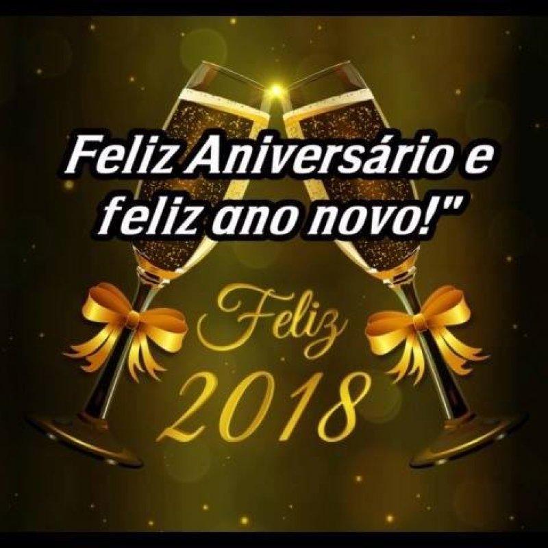 Feliz Aniversário E Feliz Ano Novo Para Você Que Nasceu Neste Dia