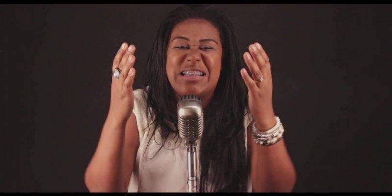 Cantora amadora fazendo cover de musica evangélica, ficou muito lindo!