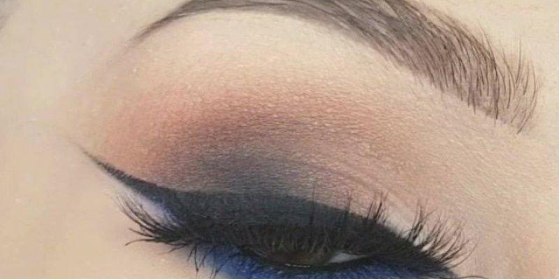 Sombra com esfumado marrom, e linha dágua na cor azul, olha só que linda!!!