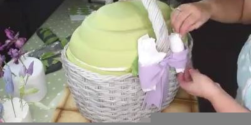 Bolo Cesta de Flores, veja como é o preparo de um bolo tão sofisticado assim!